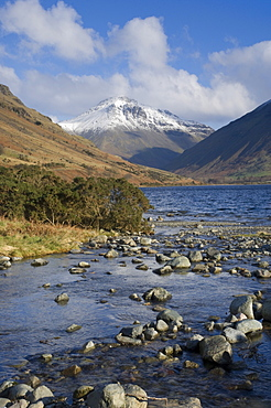 Great Gable 2949 ft, from Overbeck and Lake Wastwater, Wasdale, Lake District National Park, Cumbria, England, United Kingdom, Europe