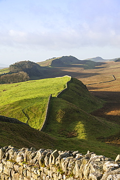 View west from Kings Hill to Housesteads Crags and Cuddy's Crags, Hadrians Wall, UNESCO World Heritage Site, Northumbria, England, United Kingdom, Europe