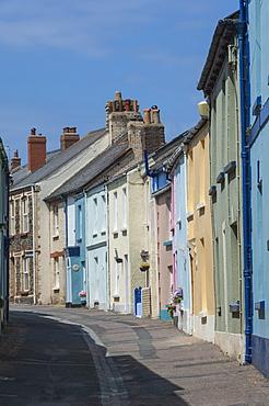 Original terrace houses preserved using pastel colours, Appledore, North Devon, England, United Kingdom, Europe