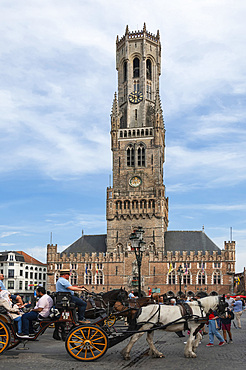 Belfry, 13th century Medieval, Market Square, Horse drawn carriage, Brugge, UNESCO World Heritage Site, West Flanders, Belgium, Europe