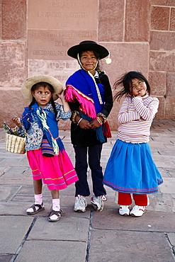 Portrait of young Quechua girls, Humahuaca, Quebrada de Humahuaca, Jujuy Province, Argentina, South America