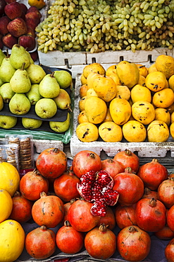 Detail of fruits at Mapusa Market, Goa, India, Asia