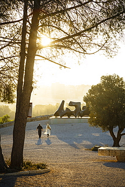 Henry Moore sculpture in the Billy Rose Sculpture Garden, Israel Museum, Jerusalem, Israel, Middle East