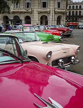 Vintage American cars, Havana, Cuba, West Indies, Caribbean, Central America