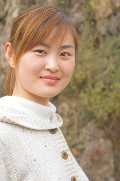Portrait of a young Chinese woman, Huangshan City (Tunxi), Anhui Province, China, Asia
