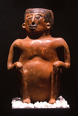 Inca Culture c 1400 to 1532AD, ceramic figure representing a shaman, in the collection of the Banco Central de Ecuador, Quito, Ecuador