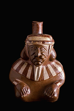 Precolumbian Ceramics Mochica (Moche) Culture, 100-700 AD vase showing realistic man with a pierced nose, in the collection of the Museo Amano, Lima, Peru