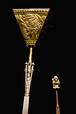 Gold Artifacts Moche (Mochica) Culture, 100 to 700AD, NCoast scepter-knife from Lord of Sipan Tomb, 300AD, main power emblem w design of warrior chief, Peru