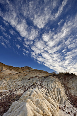 Badlands with clouds, Dinosaur Provincial Park, UNESCO World Heritage Site, Alberta, Canada, North America