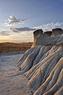 Sunrise in the badlands, Theodore Roosevelt National Park, North Dakota, United States of America, North America