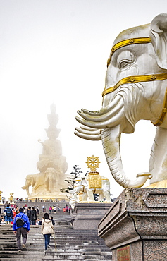 Massive statue of Samantabhadra at the summit of Mount Emei (Emei Shan), UNESCO World Heritage Site, Sichuan Province, China, Asia