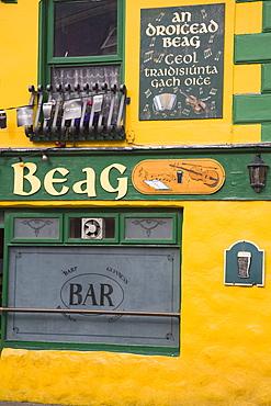 An Droicead Beag pub, Dingle Town, Dingle Peninsula, County Kerry, Munster, Republic of Ireland, Europe