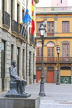 Angel Guimera Jorge statue on Plaza Isla de la Madera, Santa Cruz de Tenerife, Tenerife Island, Canary Islands, Spain, Europe, Europe