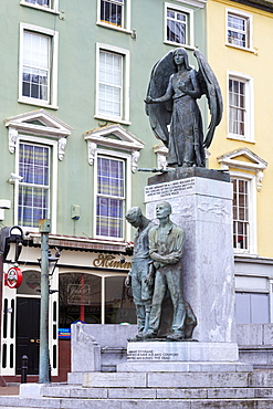 Luisitania Peace Memorial, Cobh Town, County Cork, Munster, Republic of Ireland, Europe
