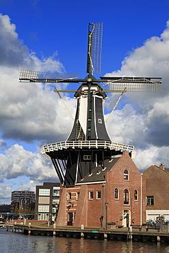 De Adriaan Windmill, Haarlem, Netherlands, Europe