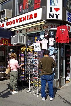 Souvenir store on 5th Avenue, Midtown Manhattan, New York City, New York, United States of America, North America