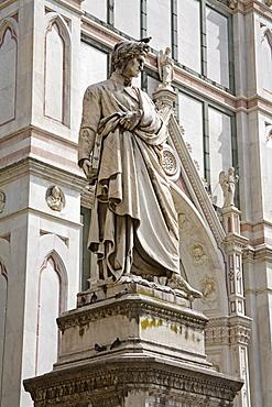 Dante's statue, Piazza di Santa Croce, Florence, Tuscany, Italy, Europe