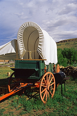 Covered wagon, Clear Creek History Park, Golden, Colorado, United States of America, North America