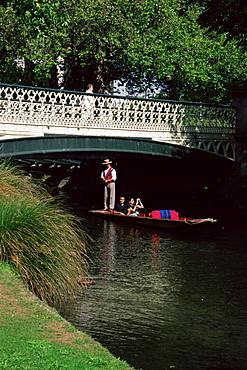 Punting on Avon River, Christchurch, Canterbury, South Island, New Zealand, Pacific