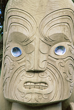 Carving by Riki H. Manuel, Victoria Park, Christchurch, Canterbury, South Island, New Zealand, Pacific