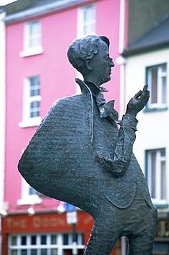 Statue of W. B. Yeats, Sligo Town, County Sligo, Connacht, Republic of Ireland, Europe