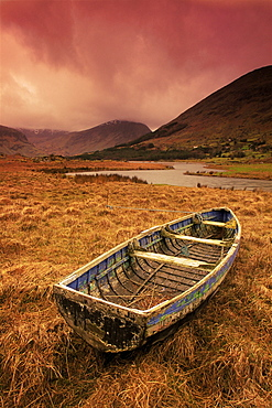 Cummeenduff Lake, Black Valley, Killarney area, County Kerry, Munster, Republic of Ireland, Europe - 777-696