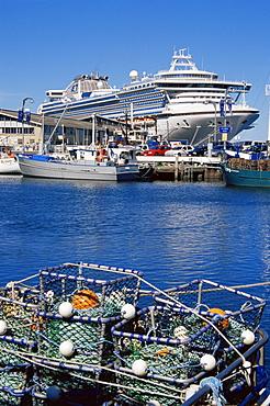 Cruise ship, Hobart, Tasmania, Australia, Pacific