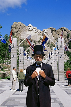 Lincoln impersonator, Mount Rushmore National Park, Black Hills area, South Dakota, United States of America, North America