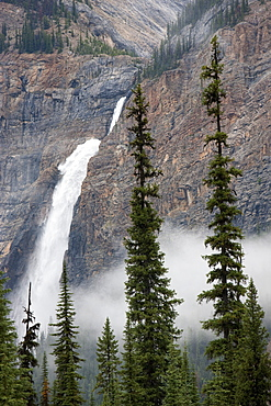 Takakkaw Falls, Yoho National Park, UNESCO World Heritage Site, British Columbia, Rocky Mountains, Canada, North America