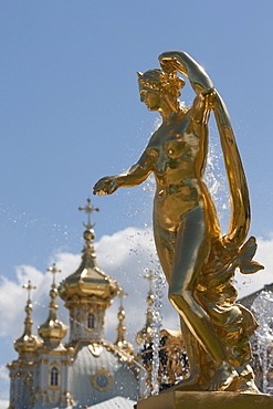 Golden statue and fountains of the Grand Cascade at Peterhof Palace, St. Petersburg, Russia, Europe