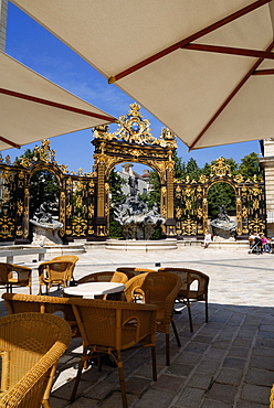 Restaurant and gilded wrought iron gates by Jean Lamor, Place Stanislas, UNESCO World Heritage Site, Nancy, Lorraine, France, Europe