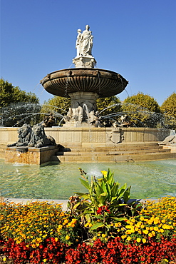 Fontaine de la Rotonde (Rotunda Fountain), Aix-en-Provence, Bouches-du-Rhone, Provence, France, Europe
