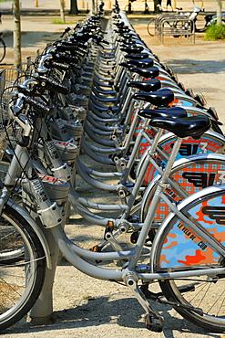 Cycle hire at the tram station, Esplanade Des Quinconces, Bordeaux, Gironde, Aquitaine, France, Europe