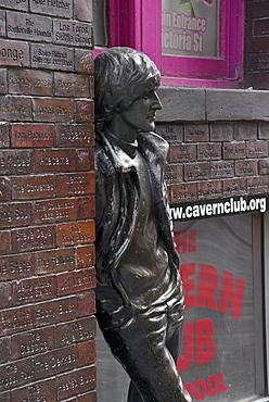 Statue of John Lennon, Mathew Street, Liverpool, Merseyside, England, United Kingdom, Europe