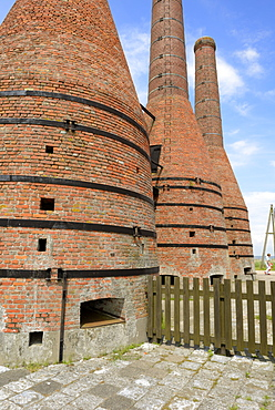 Lime kilns, Zuiderzee open air museum, Lake Ijssel, Enkhuizen, North Holland, Netherlands, Europe