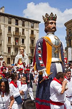 Giants of Pamplona procession, San Fermin Fiesta, Pamplona, Navarra, Spain, Europe
