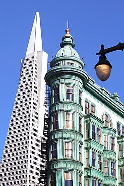 Trans America Building and Victorian architecture, San Francisco, California, United States of America, North America