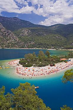 The Blue Lagoon, Bay of Oludeniz, Olu Deniz, near Fethiye, Anatolia, Turkey, Asia Minor, Eurasia