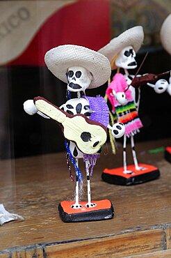 Mexico, Oaxaca, Skeleton figures for Dia de los Muertos or Day of the Dead festivities.
