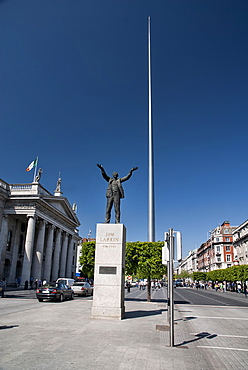 Ireland, Dublin, Jim Larkin and the Spire in OConnell Street with General Post Office on the left.