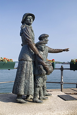Ireland, County Cork, Cobh, Annie Moore was the first immigrant to the USA to pass through the Ellis Island facility.