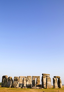 England, Wiltshire, Stonehenge, Prehistoric ring of standing stones.,