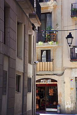 Spain, Catalonia, Barcelona, Leasther goods store in the narrow streets La Ribera district.,