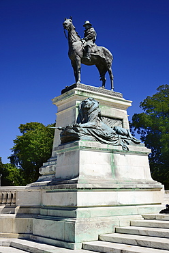 USA, Washington DC, Capitol Hill, Ulysses S. Grant Memorial, Statue of the general mounted on horseback.