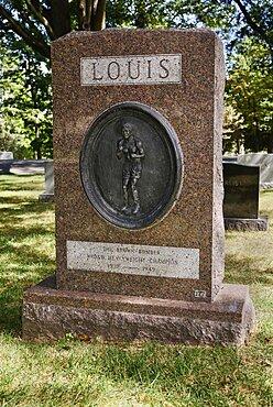 USA, Washington DC, Arlington National Cemetery, Grave of boxer Joe Louis.