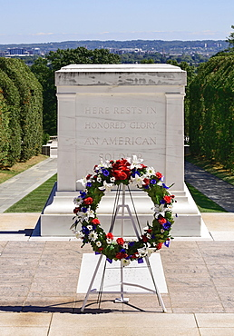 USA, Washington DC, Arlington National Cemetery, Tomb of the Unknown Soldier, Changing of the Guard.