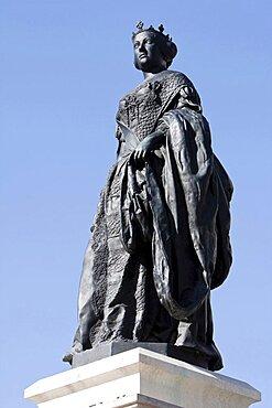 Spain, Madrid, Statue of Isabel II.