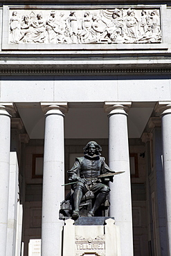 Spain, Madrid, Statue of Diego Velazquez in front of the Museo del Prado.