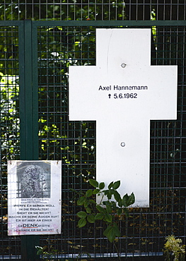 Germany, Berlin, Mitte, memorial to an East German named Axel Hannamann killed trying to cross the Berlin Wall near the Brandenburg Gate on 5th June 1962 during the Cold War.