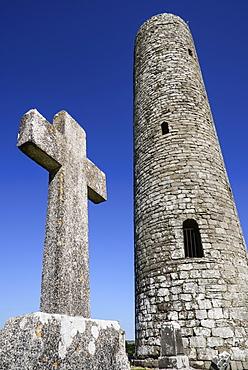 Ireland,  County Mayo, Meelick Round Tower.